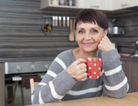 Frauen im Alter: Den Verbleib im vertrauten Heim sichern