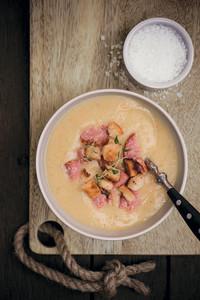 Herzhafte Kartoffel-Cremesuppe