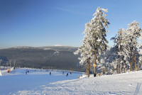 Wandern und Skifahren in herrlicher Landschaft