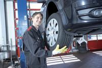 Höchste Zeit für den Wechsel: So sparen Autofahrer beim Reifenwechsel – ohne Serviceverzicht