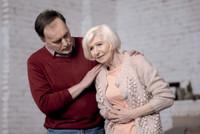 Hilfe für Schmerzpatienten: Was tun bei Verstopfung?