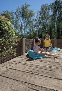 Langlebige Holzoptik für den Außenbereich: Täuschend echt und wahrhaft besonders