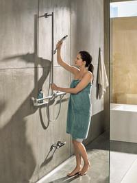 Das Bad für morgen unterstützt auch heute schon: Das Generationenbad bietet Design und Funktion für alle